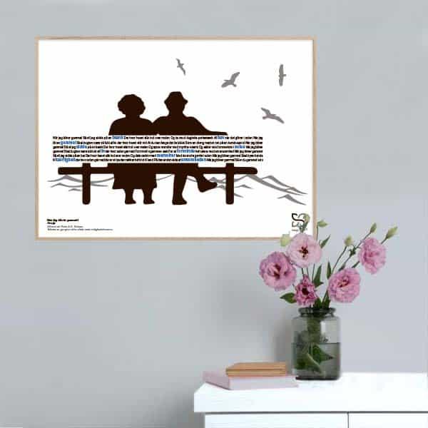 """Dekorativ plakat med Gnags' tekst """"når jeg bliver gammel"""" opsat i grafisk form, som danner en bænk med et ældre par."""
