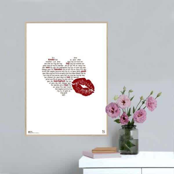 """Plakat med sangteksten til """"Tænder på et kys"""" af Alberte"""